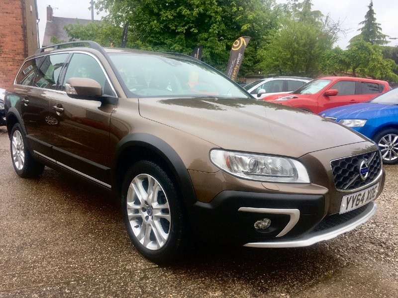 VOLVO XC70 D4 181 AWD Geartronic Auto Start-Stop SE Lux